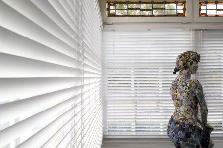 zonnelux-hout jaloezie-woonkamer sfeer 1-big